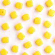 Enfeite Murano de Vidro Opaco Tcheco Cubo 7 x 8 mm Amarelo 710061