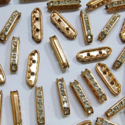 Entremeio Strass Bridge Dourado 21 x 6 mm 710443